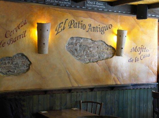 The Tapas Bar:                                     El patio antigo