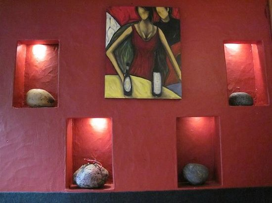 The Rocks Cafe: Wall Decor, The Rocks Restaurant