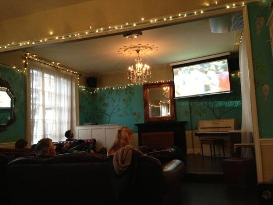 The Colonel Fawcett:                   fantastic food followed by six nations great atmosphere