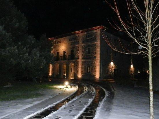 Iriarte Jauregia Hotel:                   Hotel y alrededores