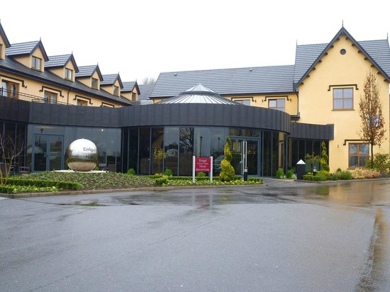 Errigal Country House Hotel: hotel entrance