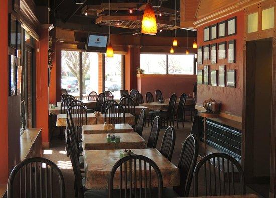 Vittles: Dining Area