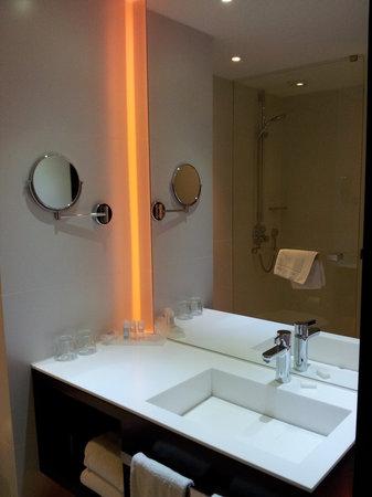 Park Plaza Victoria Amsterdam: Bathroom