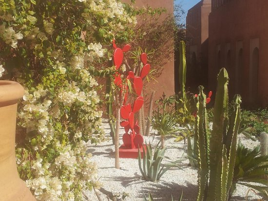Kenzi Club Agdal Medina:                   décoration jardin