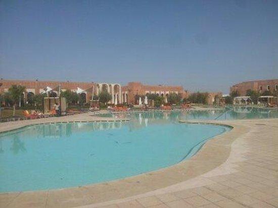 Kenzi Club Agdal Medina:                   une des piscines