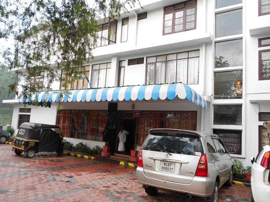 SN Tourist Home & Annex:                   sn tourist home munnar
