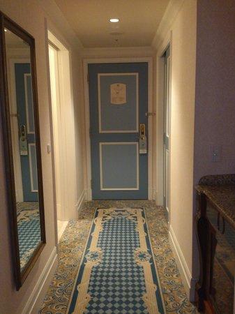 โรงแรมโตเกียวดิสนีย์ซี มิราคอสต้า:                   入り口