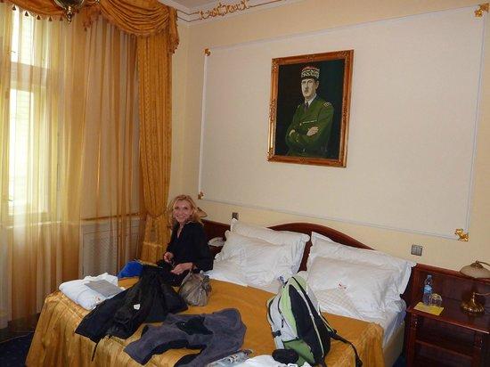 Hotel General:                   la déco des  Généraux un peu austère...