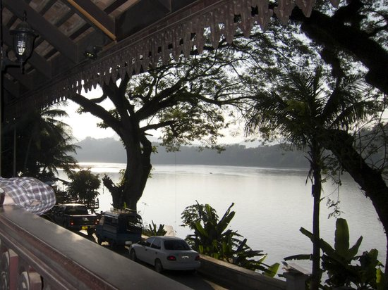 Luang Prabang River Lodge 2 :                   Sunset view from the balcony