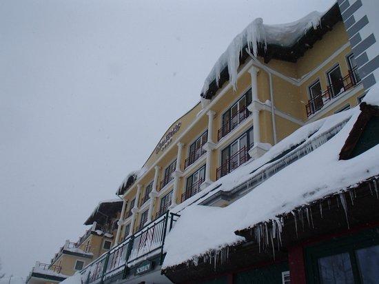 Hotel Römerhof: lots of snow