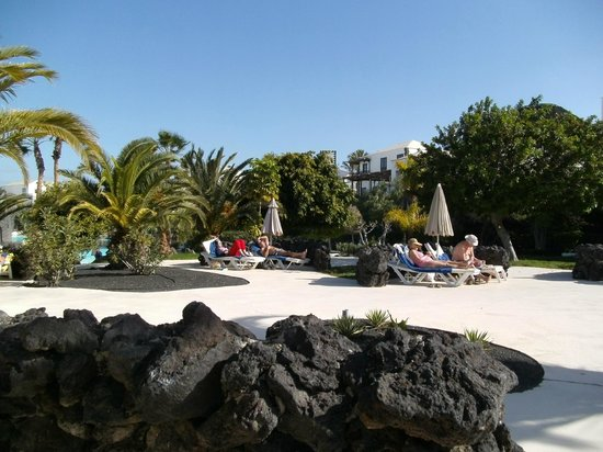 Hotel THe Volcan Lanzarote:                   Our favourite part of the gardens. Total peace and quiet