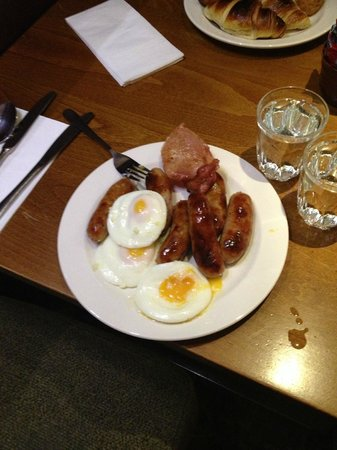 Premier Inn London Kensington (Earl's Court) Hotel:                   breakfast