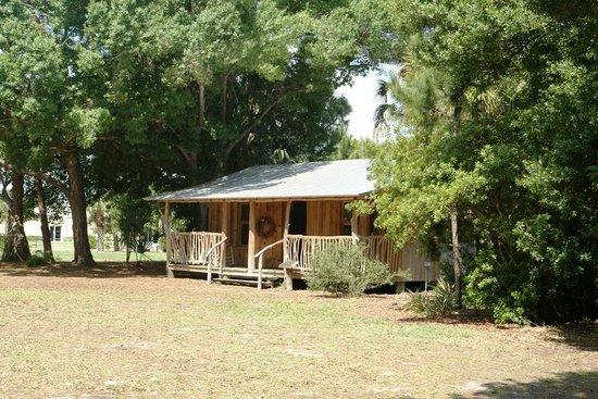 Heathcote Botanical Gardens:                   Pioneer House