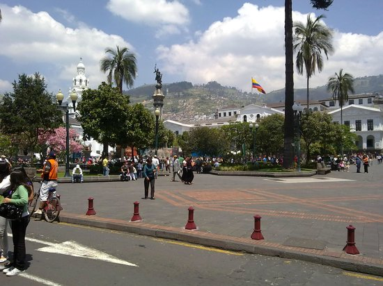 La Guayunga Hostel Quito:                   Cerca de esta bella ciudad Quito