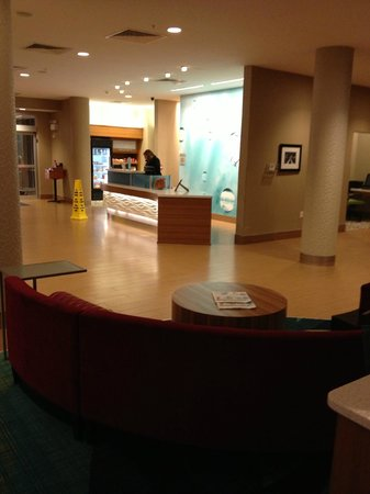 SpringHill Suites Chattanooga Downtown/Cameron Harbor:                   Lobby