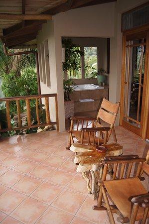 Lost Iguana Resort & Spa:                   charming