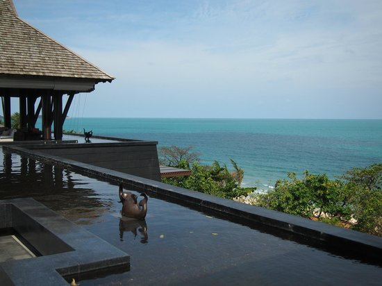 Vana Belle, A Luxury Collection Resort, Koh Samui: View from the lobby - beautiful