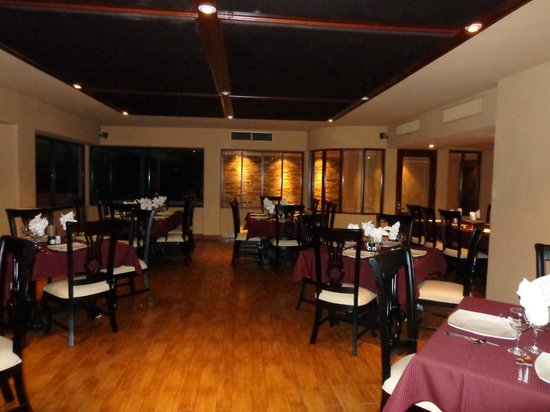 Hotel Playa Mazatlan :                   A fabulous italian restaurant in the hotel