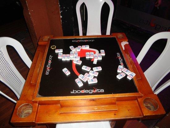Hotel Belgica: Dominos
