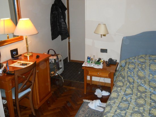 Hotel San Giorgio:                   Camera (tugurio)
