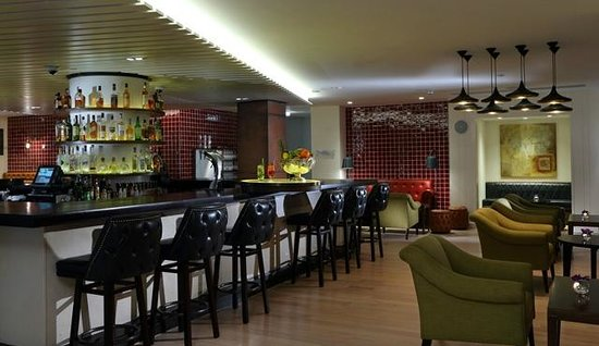 The Morrison, a DoubleTree by Hilton Hotel: Quay 14 Bar