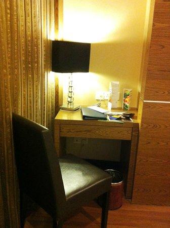 Grand Borneo Hotel:                   The study??