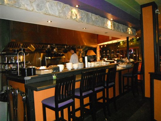 Frogstone Grill: Kitchen