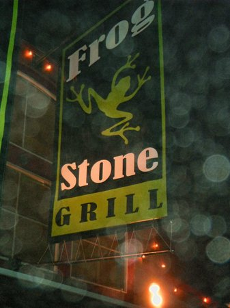 Frogstone Grill: Out front signage