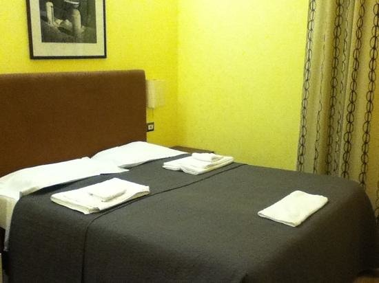 HQH Colosseo :                   double room