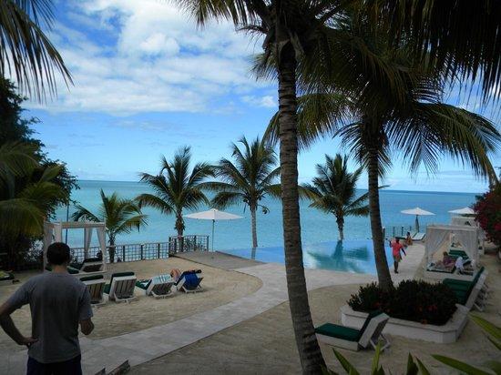 Cocobay Resort:                   lower pool                 