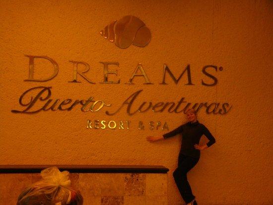 Dreams Puerto Aventuras Resort & Spa:                   sign
