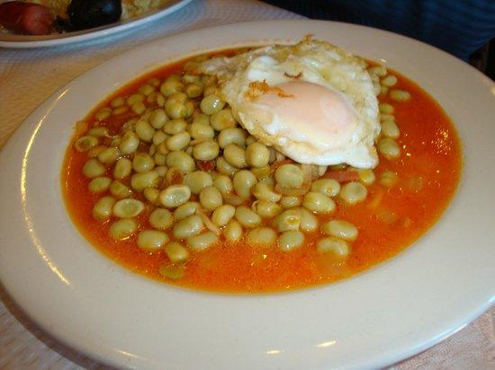 Panjuila:                   Habas alpujarreñas (menú)
