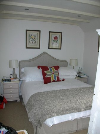 The King's Head Inn:                   Our bedroom