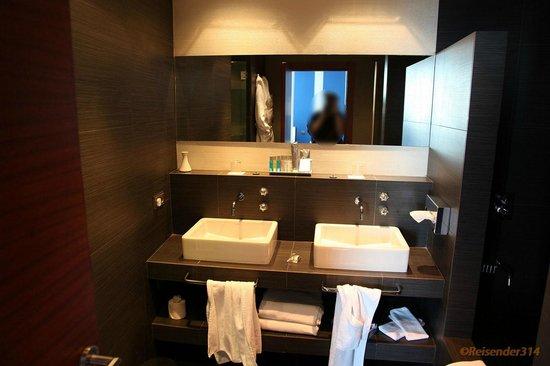 zimmer 6080 badezimmer - picture of mediterranean palace hotel, Badezimmer