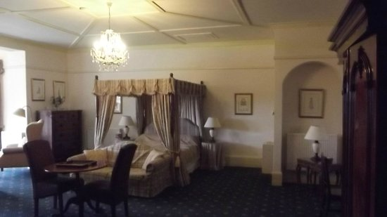 Sawrey Knotts:                   A perfect bed