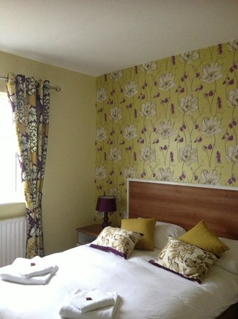 Creevy Pier Hotel: Rooms