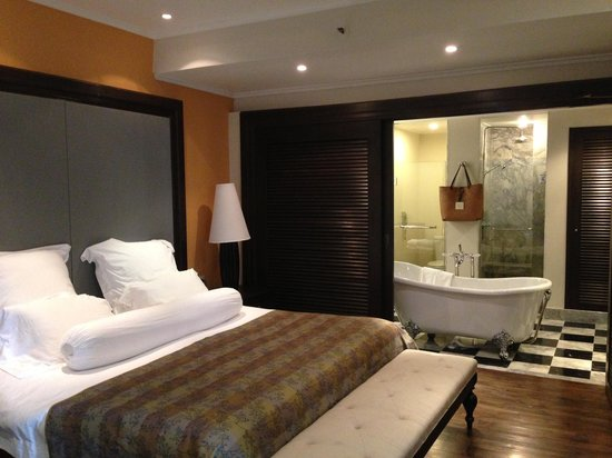 Centara Grand Beach Resort Samui:                   one bedrom suite