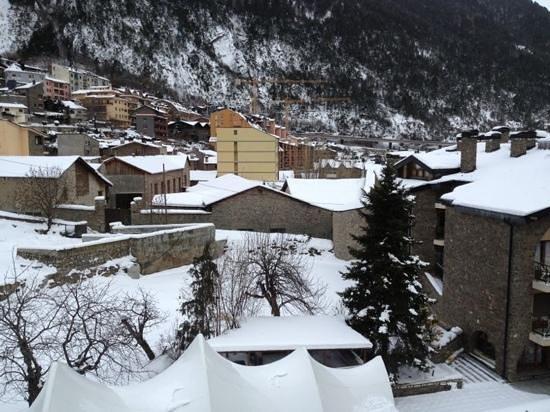 Guillem Hotel:                   vistas desde el hotel