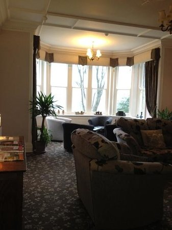 Sawrey House Hotel: the lovely relaxing lounge