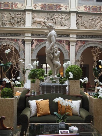 Four Seasons Hotel Firenze: atrium
