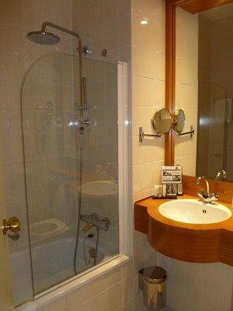 Inntel Hotels Amsterdam Centre: il bagno