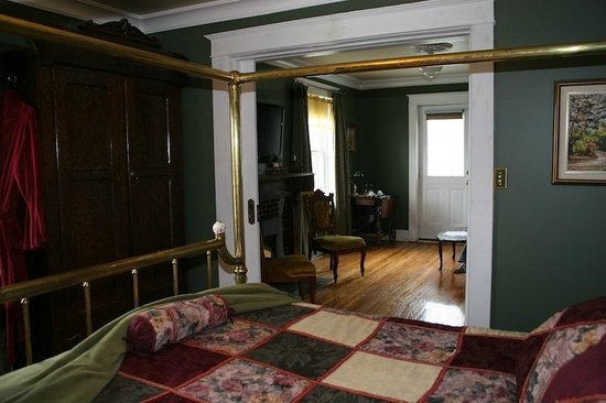 Wakamow Heights Bed and Breakfast : The Terrace Suite