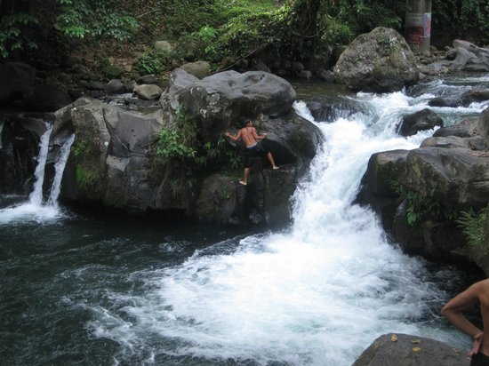 ‪هوتل لوس لاجوس سبا آند ريزورت:                   La fortuna swimming Hole ( Free!!)
