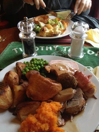 The Black Horse:                   Sunday roast