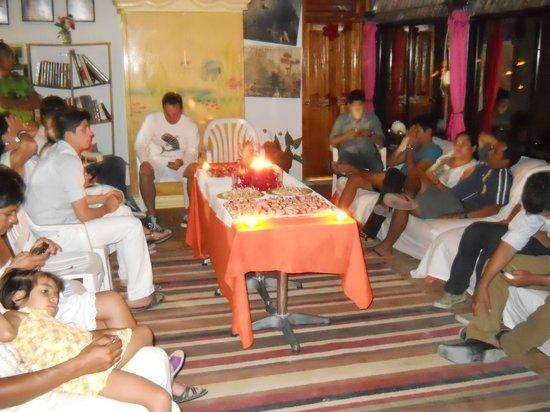 Casa Maya Holbox:                   suculenta cena de año nuevo en casa maya de jose lima, variados platillos comb