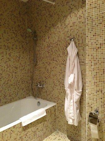Grand Hotel Fortetsiya:                   ванна