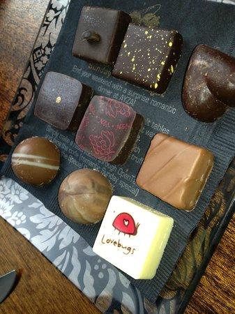 Ayza Wine & Chocolate Bar : 9 piece assortment of Jacques Torres Chocolates