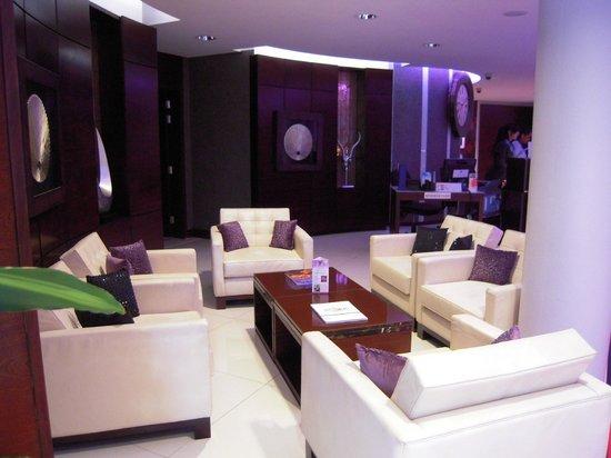 Rafayel on the Left Bank - Hotel & Spa:                   Lobby