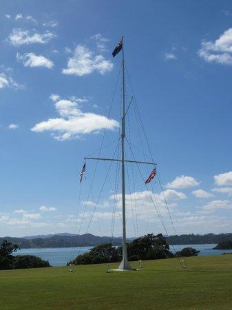 Waitangi Treaty Grounds:                   The flagpole
