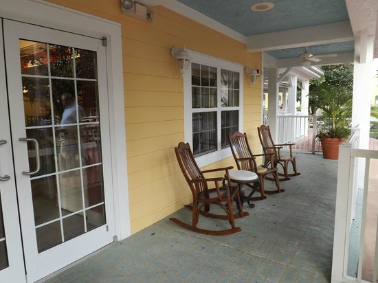 Residence Inn Orlando at SeaWorld: Verandah